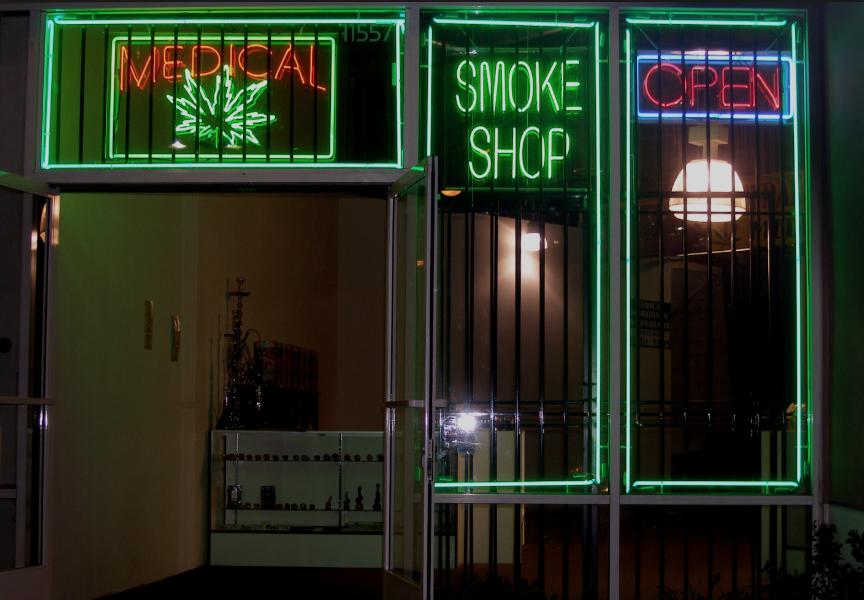 City Council Cracks Down on Unlicensed Pot Shops
